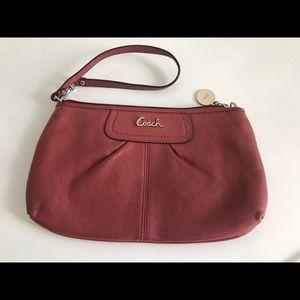 Nice COACH Pink Leather Wristlet Wallet Zip